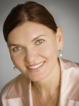 Olga Mintz,  in Cupertino, Intero Real Estate