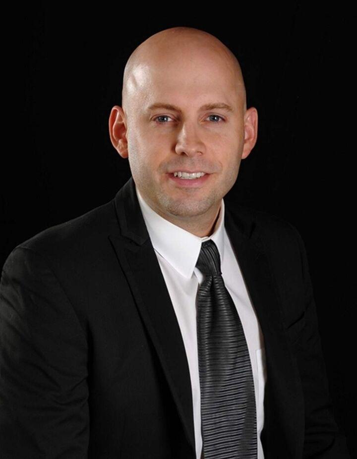 Michael Robbins, REALTOR® Las Vegas | Henderson NV in Henderson, Windermere