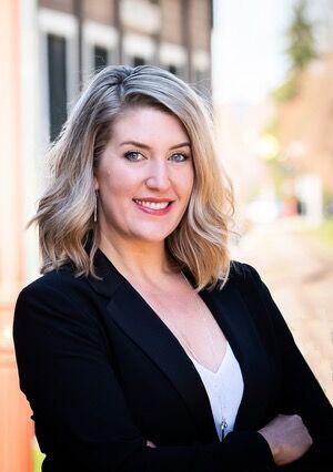Hannah Corbin, Realtor® in Maple Valley, Windermere