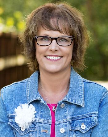 Mindy Taylor, BROKER | REALTOR® in East Peoria, Jim Maloof Realtor