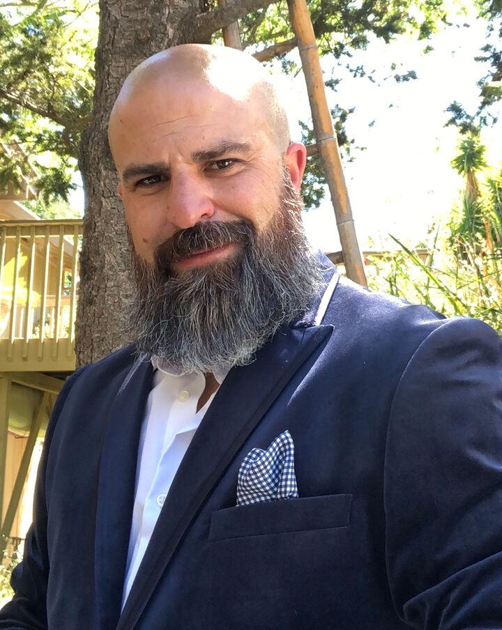 Jason R. Weeks,  in San Jose, Sereno