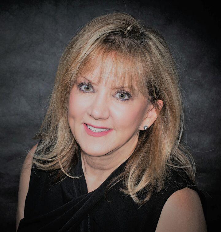 Teresa Stanbrough, REALTOR® / SALESPERSON in Henderson, Windermere
