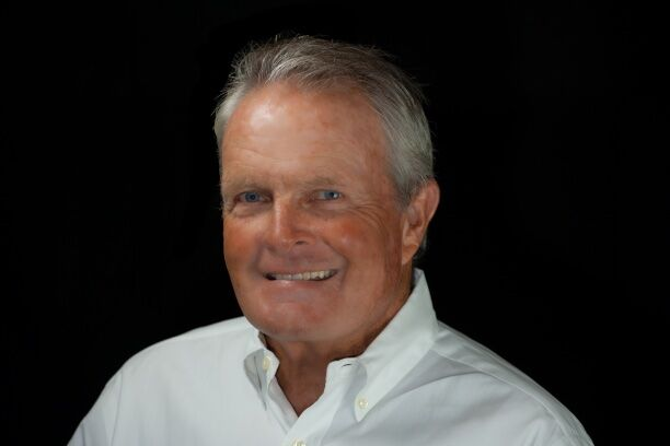 Tom Stelling,  in Santa Cruz, David Lyng Real Estate