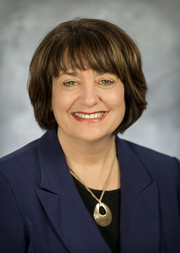 Susan Cassidy,  in Portland, Windermere