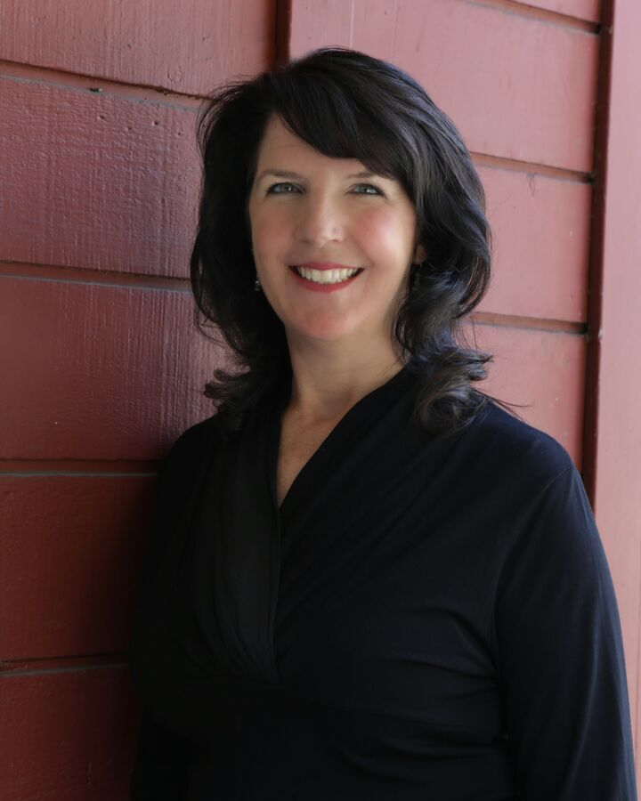 Elizabeth Cavanagh,  in Walnut Creek, Intero Real Estate