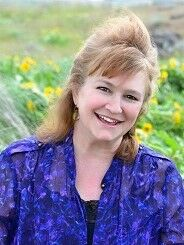 Dawn McSweyn, Broker in Hood River, Windermere